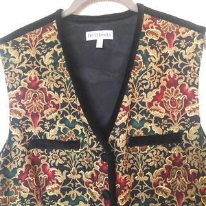 David Brooks Sz 12 Vintage Vest Green Red & Black